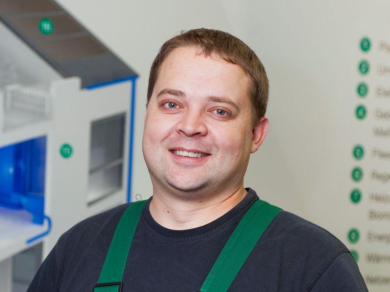 Evgeni-Grachev-Servicetechniker_thumb